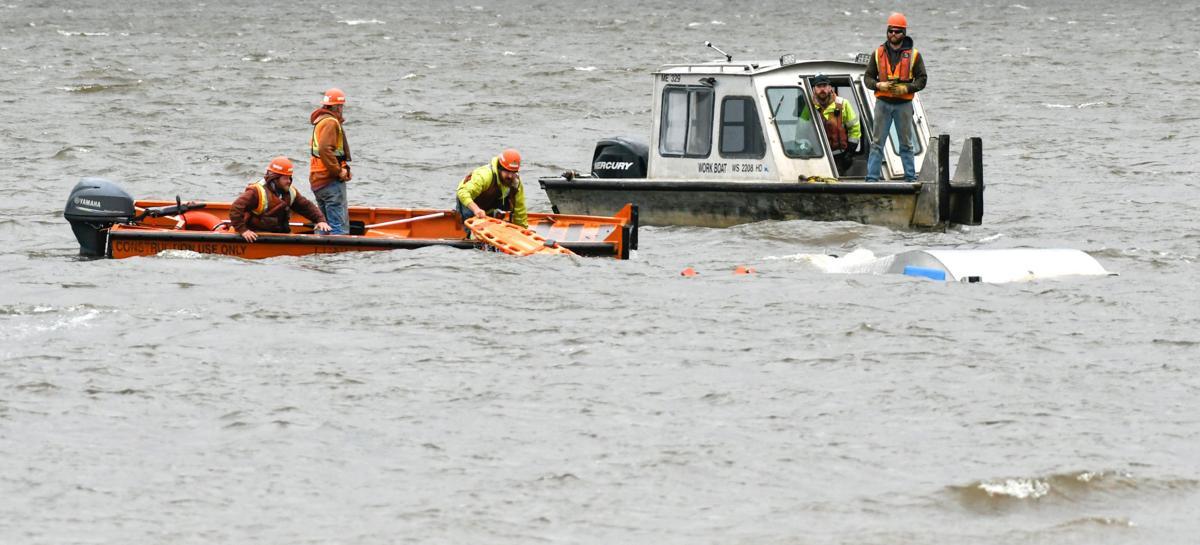 Boat capsizes near I-74 construction site