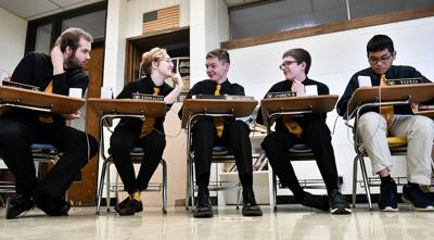 Riverdale heading to state in Scholastic Bowl