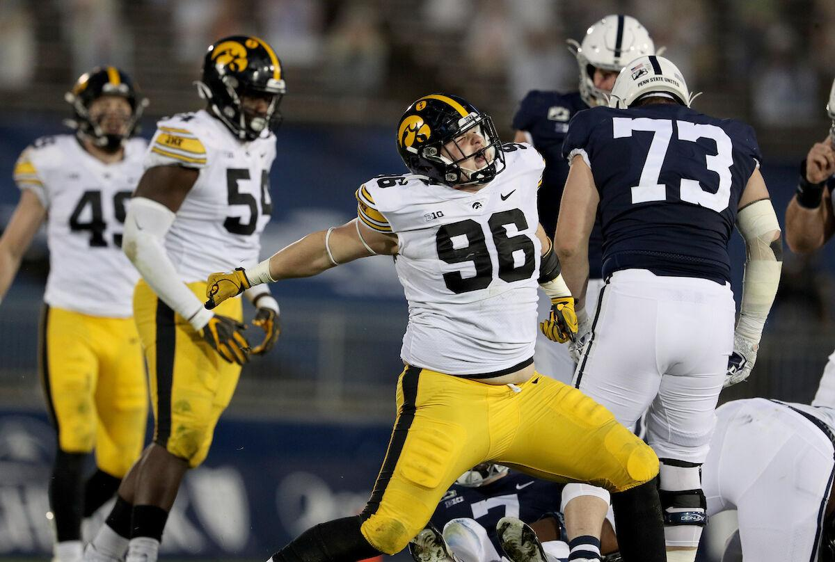 IOWA FOOTBALL VS PENN STATE