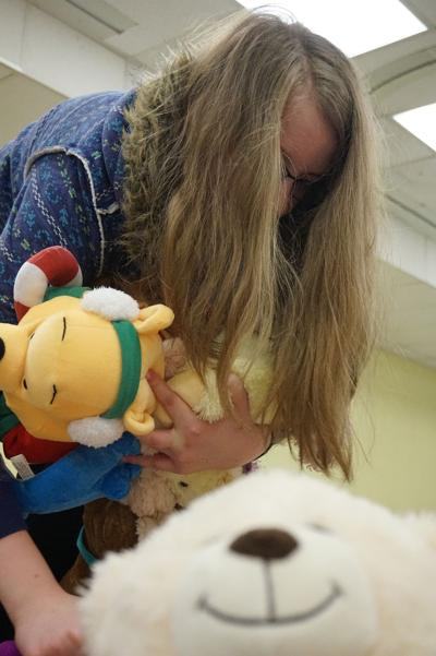 Davenport students collect 1,300 stuffed animals