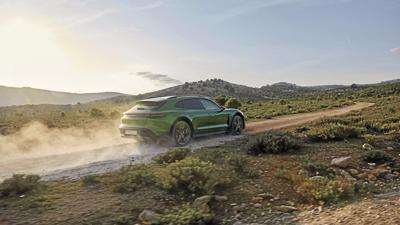 2022 Porsche Taycan Cross Turismo