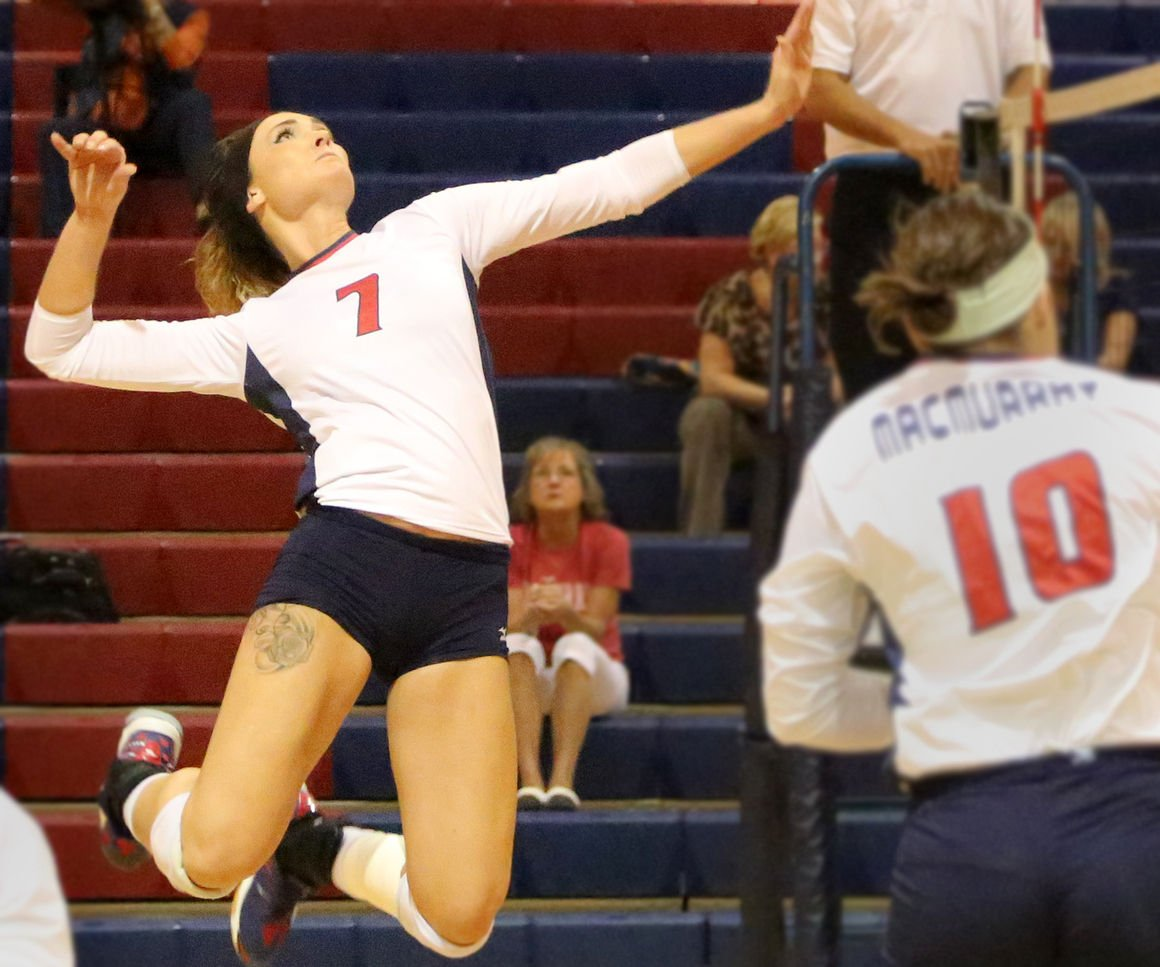 Moline Grad Hauser Thriving At Macmurray College Sports