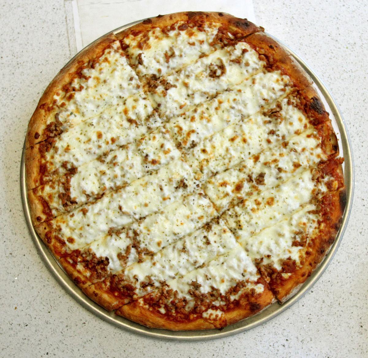 081319-mda-nws-pizzafavs-003 (copy)