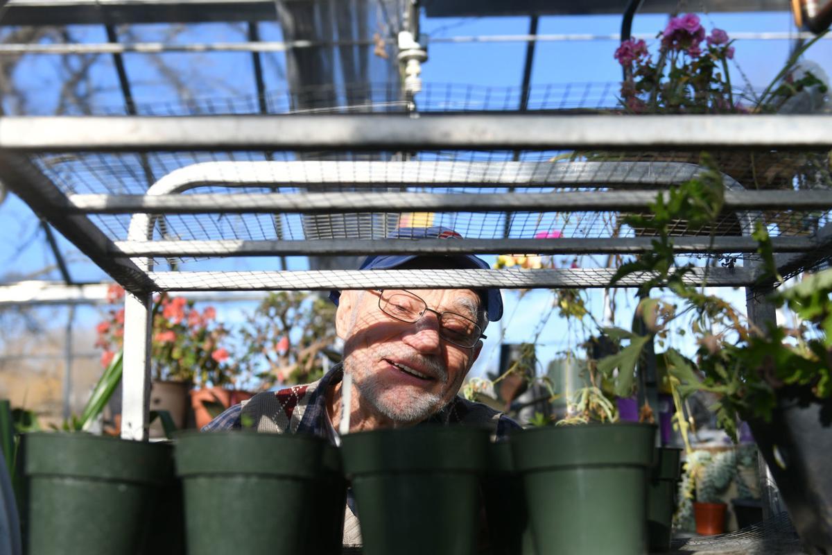 040119-mda-rad-gardenclasses-005a.JPG