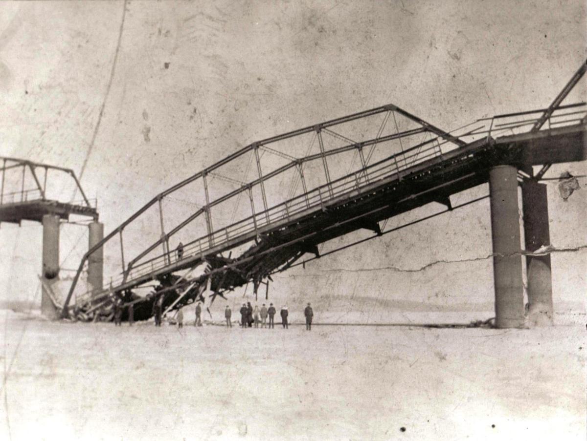 18990209