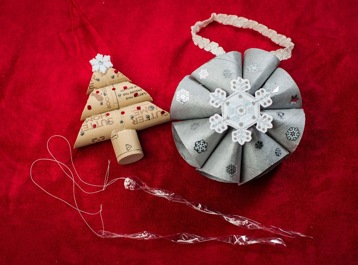 DIY Xmas: Make 3 ornaments with recycled materials
