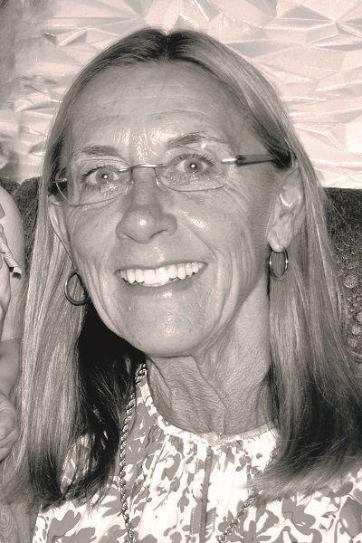 Lynn Humphrey Ellis | Obituaries | qconline com