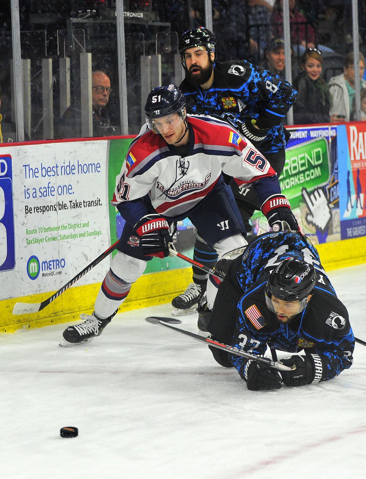 Quad City Storm vs Evansville hockey