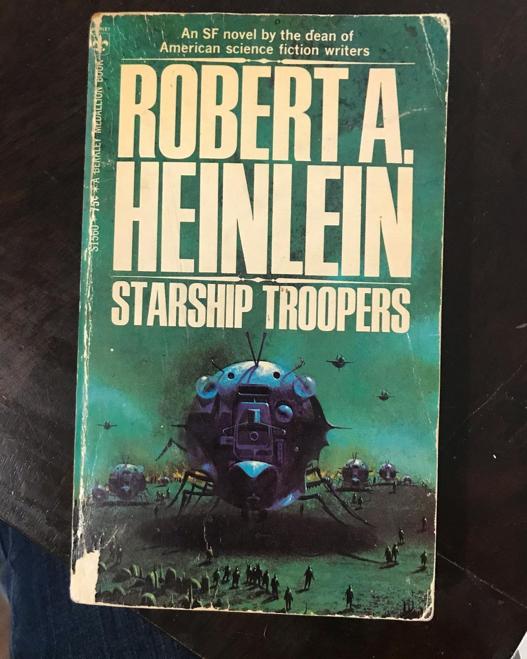 Book cover of 'Starship Troopers'
