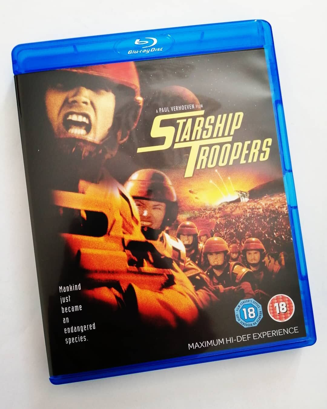 Blu-Ray cover of 'Starship Troopers'