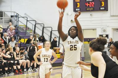 Williams' double-double helps Eagles take down the Bunnies