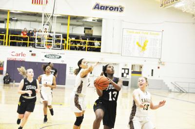 Eagle girls go winless on the week