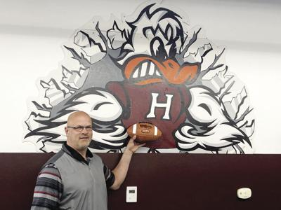 From a Bunnie to a Duck: Former Fisher head coach to helm Havana grid program