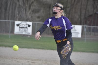 Buffaloes put up 15 in five innings against Trojans in softball game