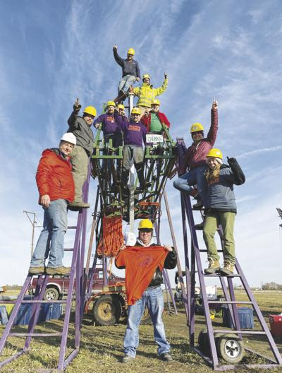 World record set; weather, low crowd numbers take off some of lustre of Punkin Chunkin