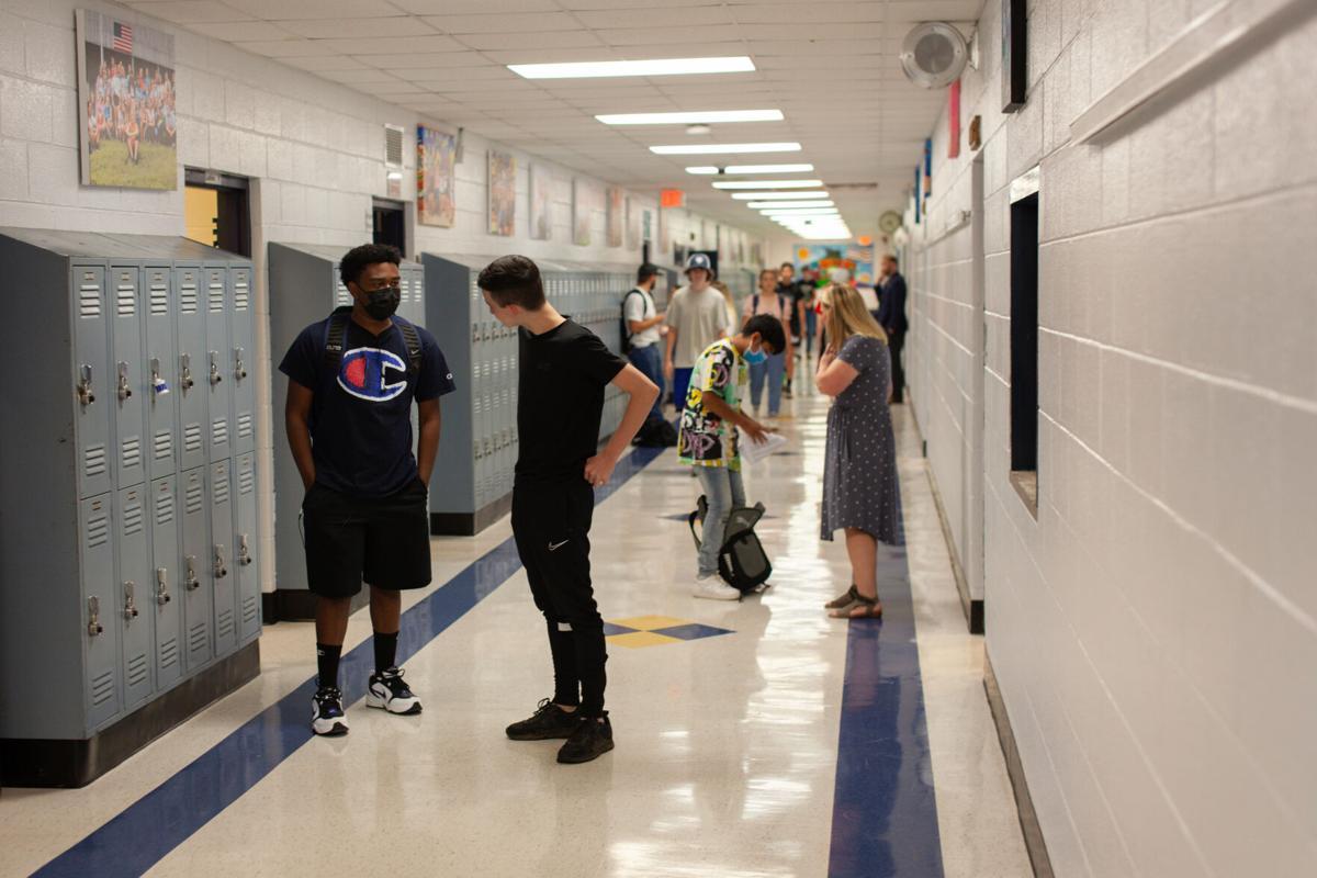 Students in hallways at Rappahannock Schools