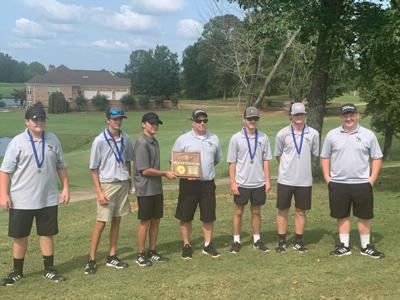 Scotts Hill wins District 15-A golf tourney