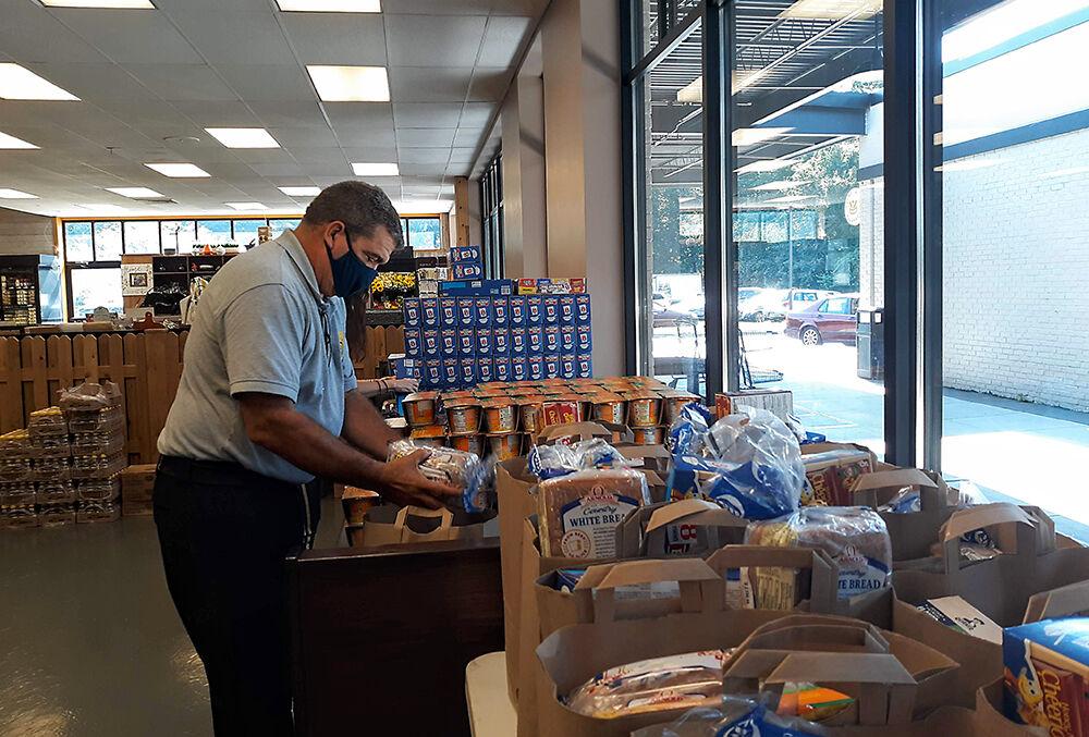 PR Police Chief Food Donation