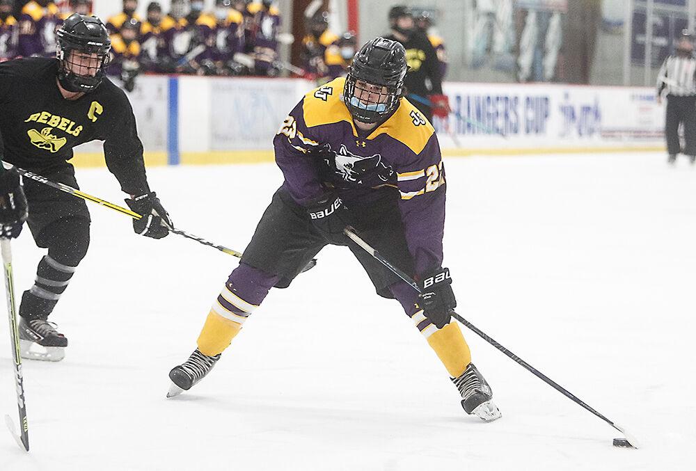 P11-SP-3-12-RR--JJ-ice-hockey-Anthony-Protomastro.jpg