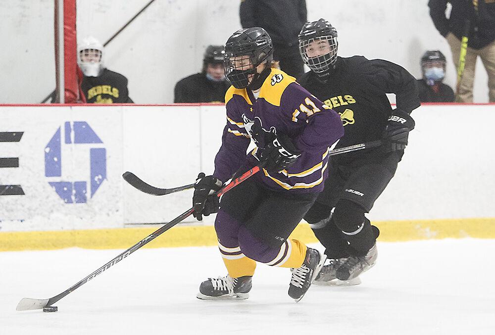 P11-SP-3-12-RR-JJ-ice-hockey-Mike-McKeon.jpg