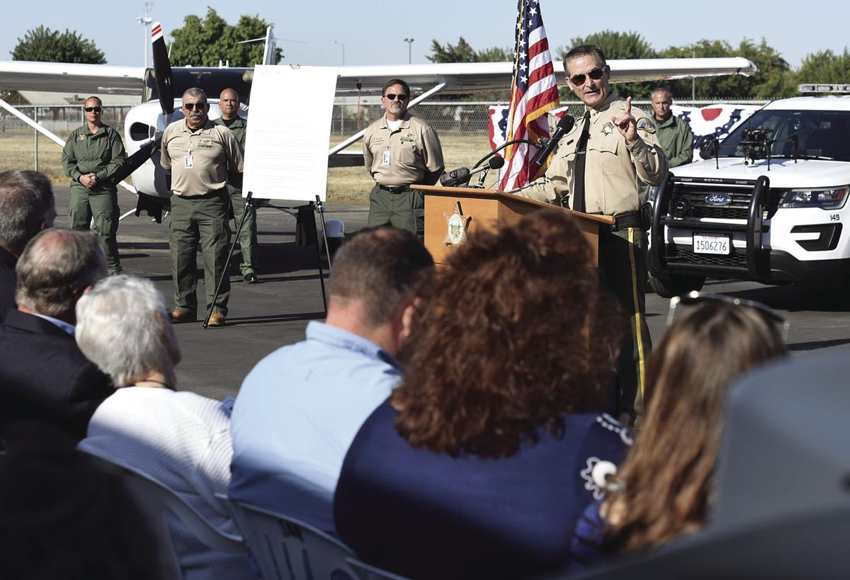 Sheriff Boudreaux announces the names of the new planes