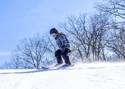 Skiing-Boy-JFBB-1-PoconoMtns0-2c23b96006832a0_2c23bbf4-a020-bf9b-66cda932895f6fe3.jpg