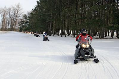 snowmobile 3.jpg