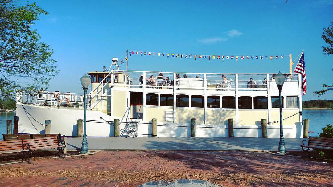 Chester River Packet at High Street.jpg