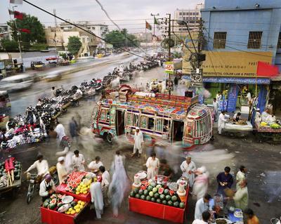 Martin Roemers, Karachi Pakistan 2013/ Eyes on Main Street