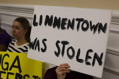 Linnentown protest Feb. 5 (3)
