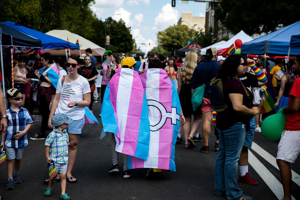 UGA students celebrate self-acceptance, LGBTQ+ community support on National Coming Out Day