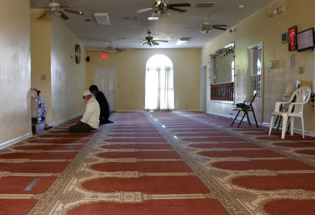 islamic center prayer 001.jpg