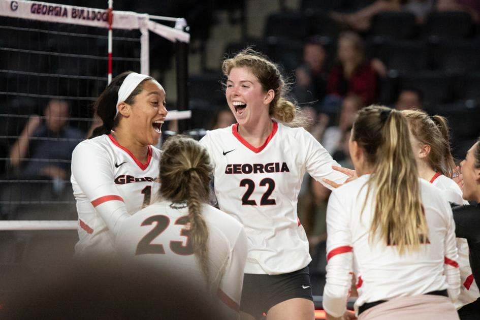 PHOTOS: Volleyball defeats NC State 3-1 in home opener