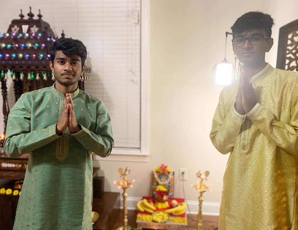 Diwali_brothers