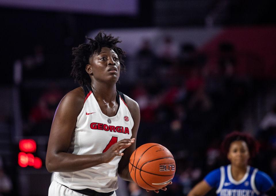 Georgia women's basketball senior Caliya Robinson named to