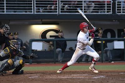 Georgia baseball falls to Georgia Tech 8-6 at SunTrust Park
