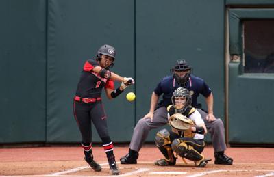 Georgia softball falls short of sweep, loses series finale