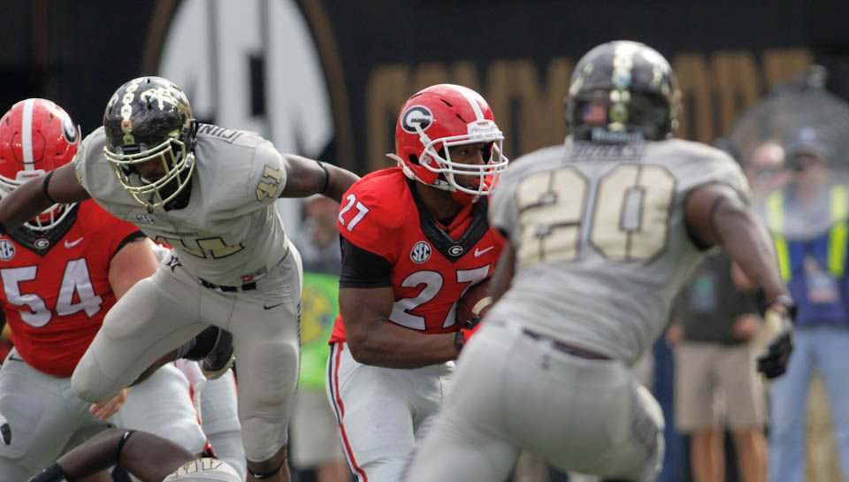 Georgia Bulldogs Run Over Vanderbilt, 45-14, For Sixth Straight Win