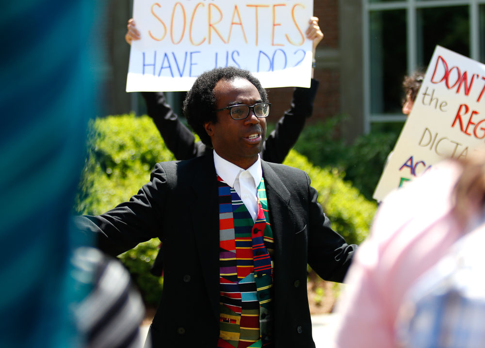 20190426_dr_OseiFrimpongProtest0008.jpg