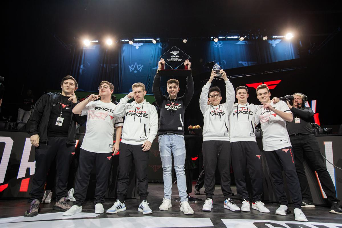 Atlanta FaZe hoists CDL Atlanta Home Series Champion Trophy