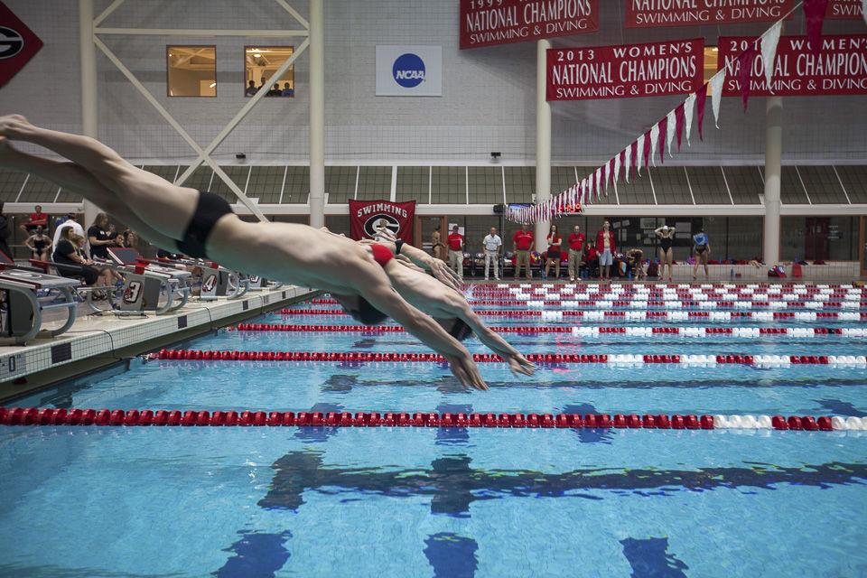 umd red black swim meet