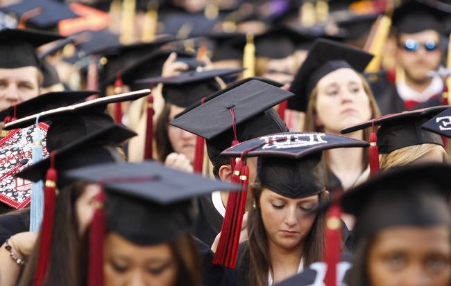 Almost 1 500 Set To Graduate During Uga S Summer