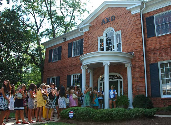 What's the Rush? Sororities get ready for PNM influx ...