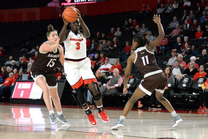 Georgia women's basketball falls to Villanova 62-56