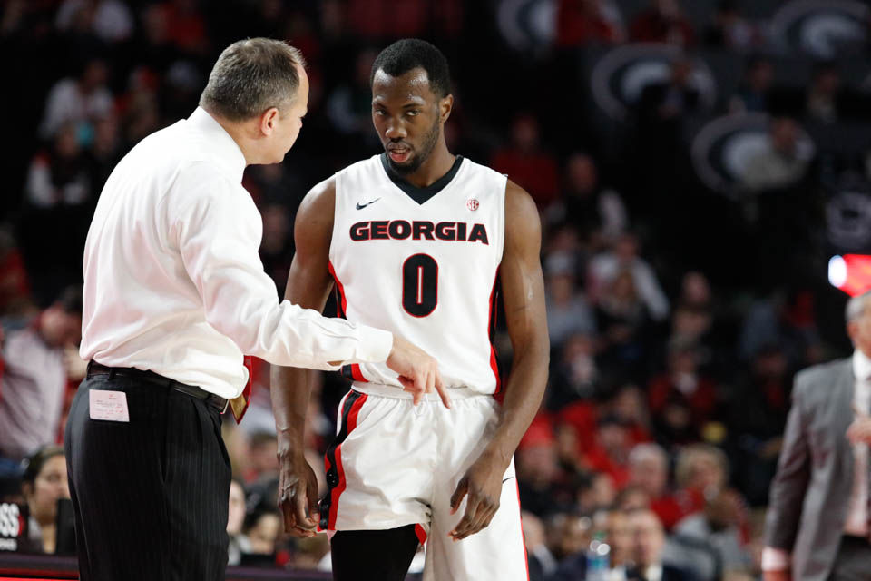 Georgia Men S Basketball Stumbles Down The Stretch In Road