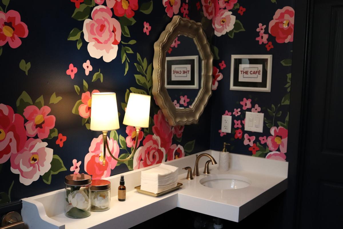 cafe lumpkin bathroom