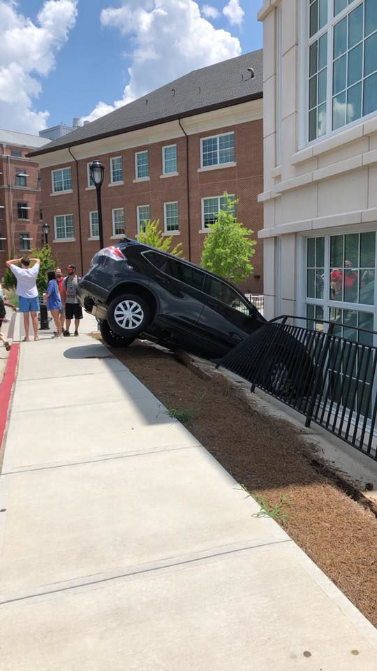UGA student crashes car into Science Learning Center