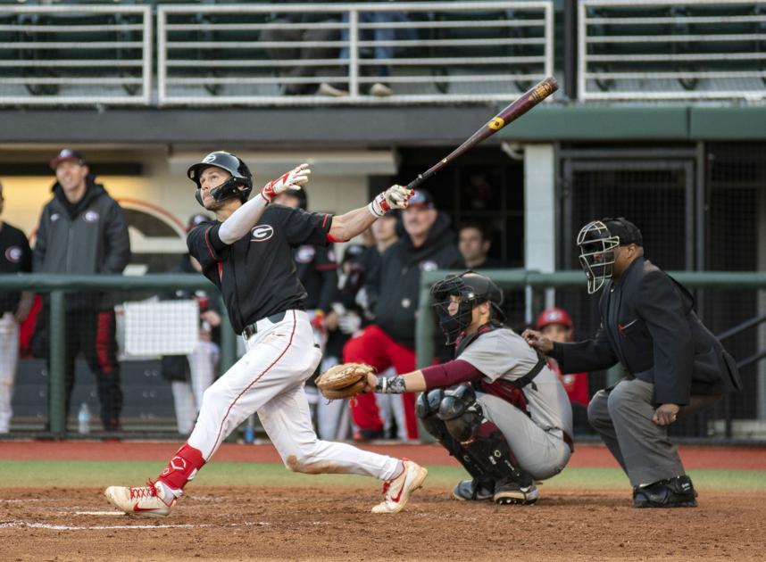 Georgia baseball crushes Kennesaw State 15-1 in midweek matchup