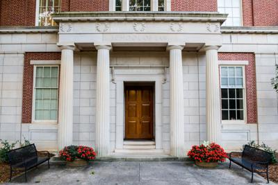 UGA School of Law to offer nine classes for undergraduates in fall 2019