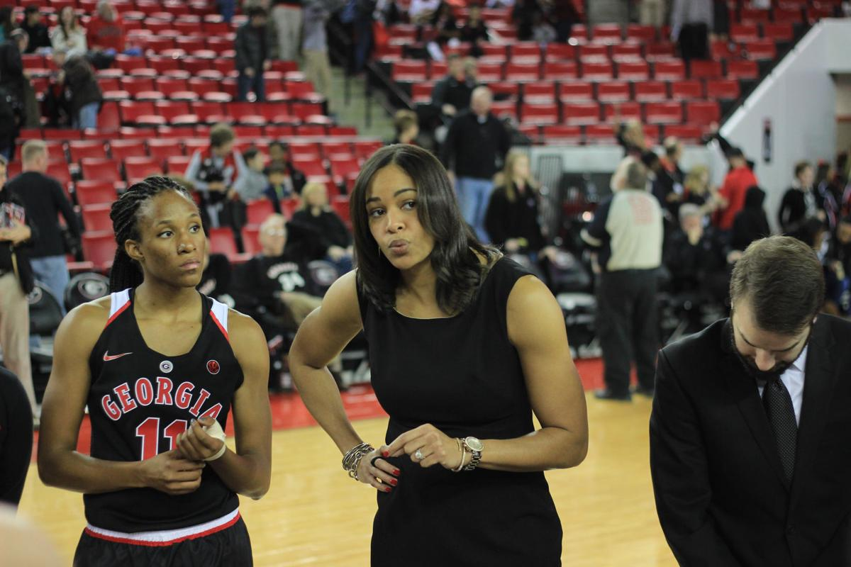 Georgia Women S Basketball Without Head Coach Joni Taylor For Now Sports Redandblack Com